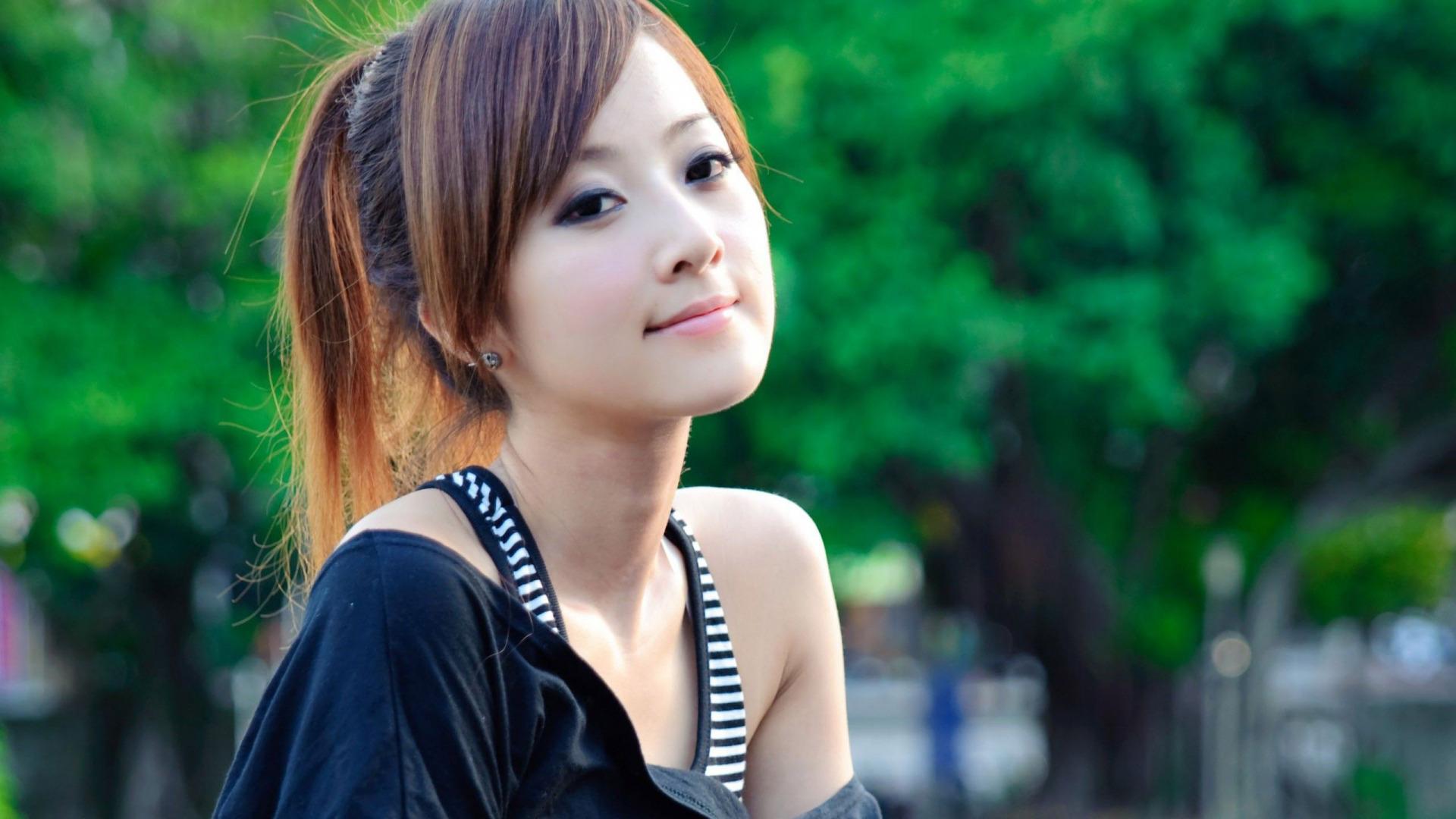 Красивые лица азиаток