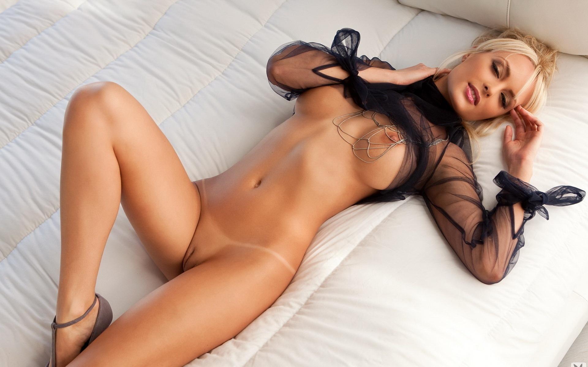 Сами красивие голие девушки
