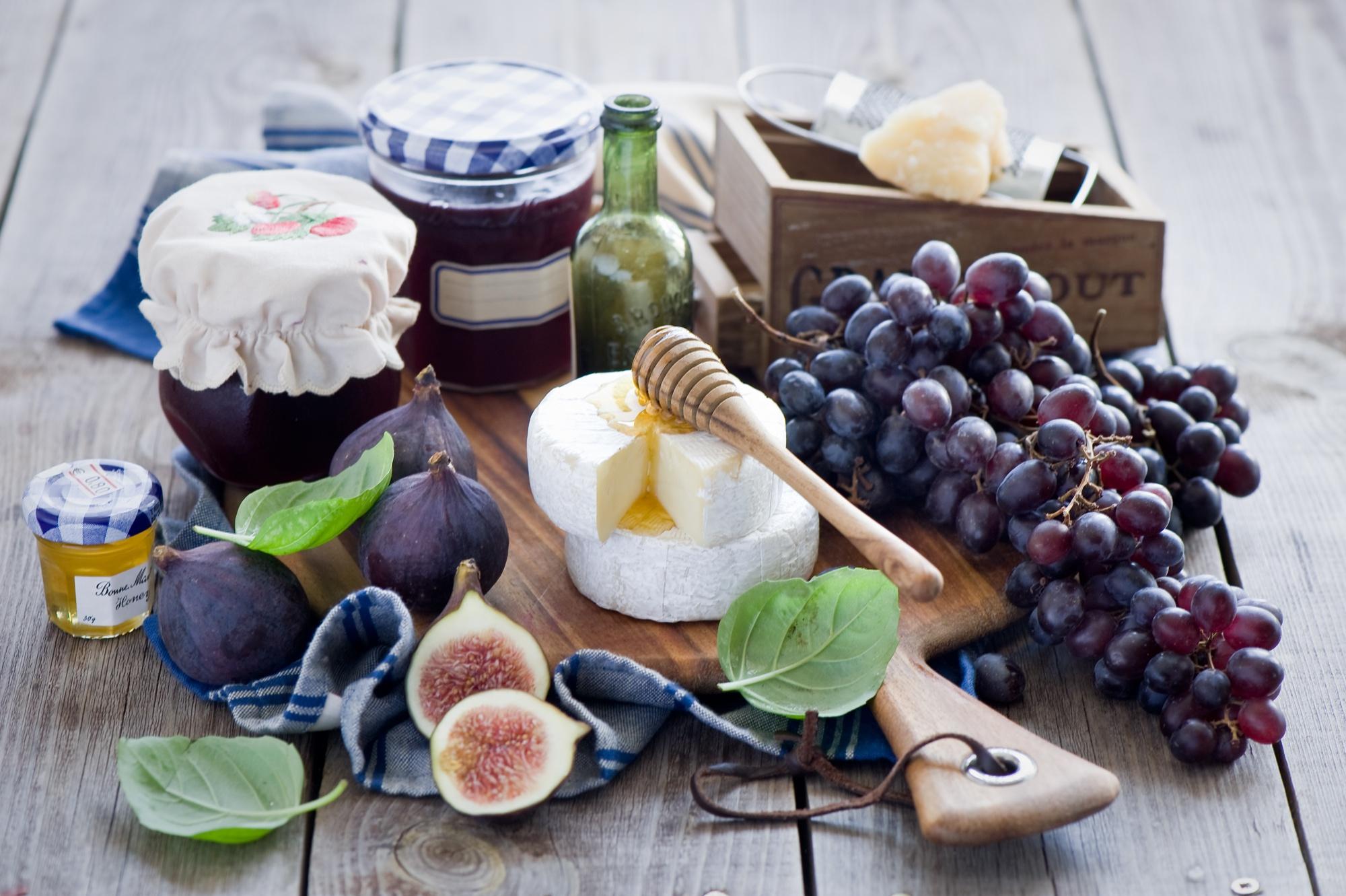 еда чай пирожные виноград  № 377963 бесплатно