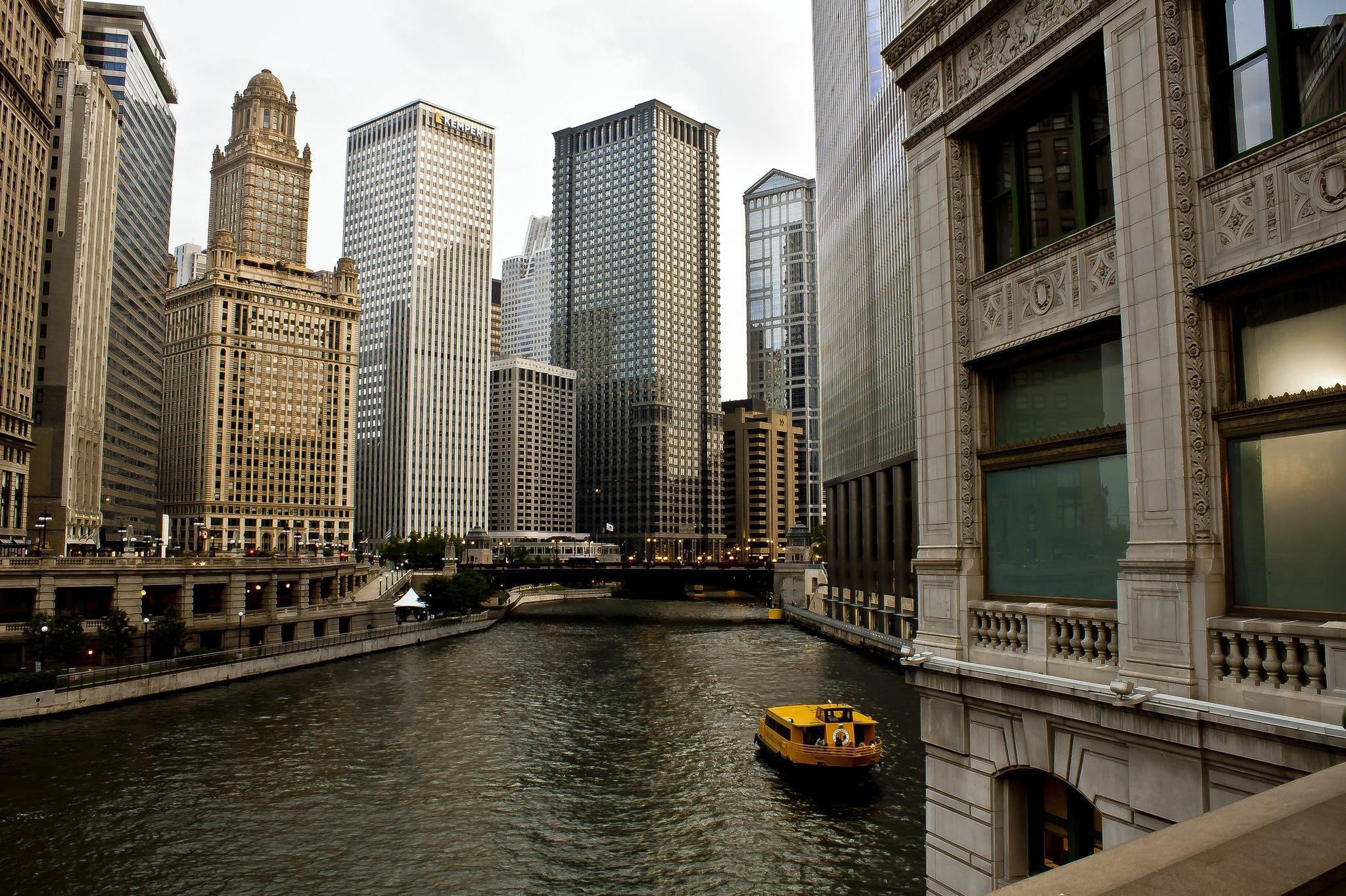 Ночной порт в Чикаго  № 3504474  скачать
