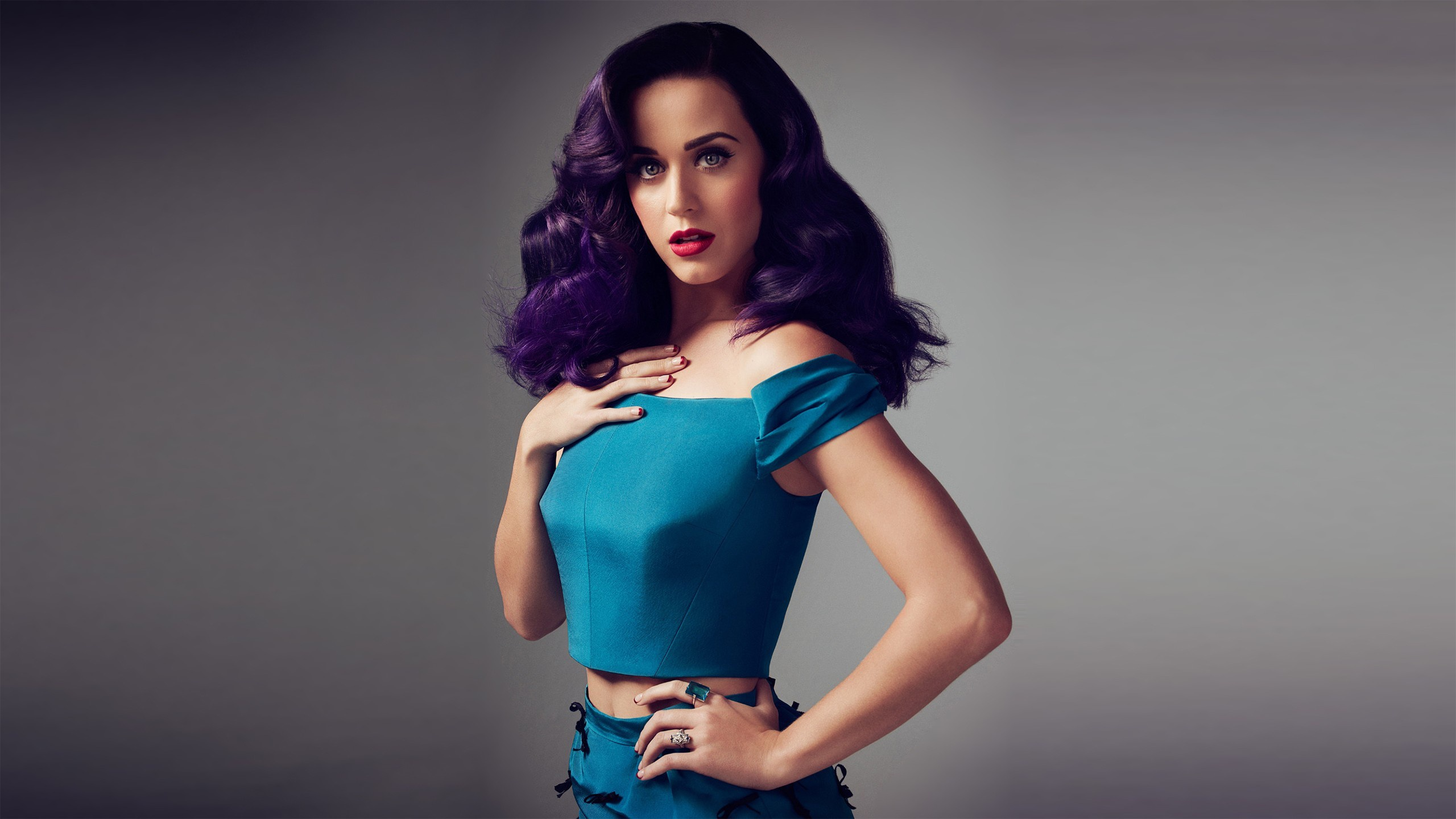 International Smile Katy Perry MP3 Download