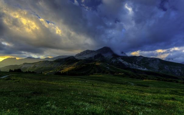 Фото обои поля, луга, горы, Франция, облака, Estenc