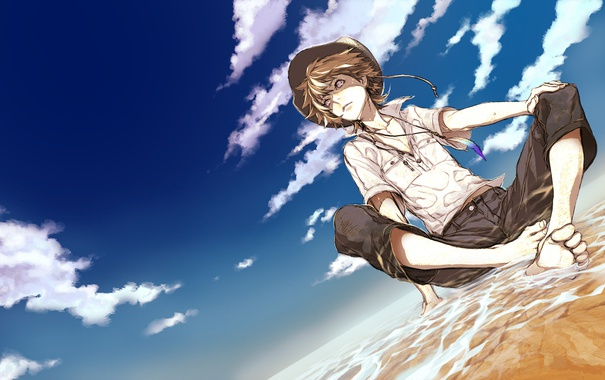 Фото обои песок, вода, берег, шляпа, Парень, сидит