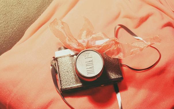 Фото обои фотоаппарат, бантик, ленточка