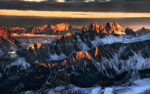 Фото обои дорога, солнце, снег, горы