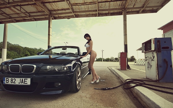 Фото обои заправка, BMW, кабриолет