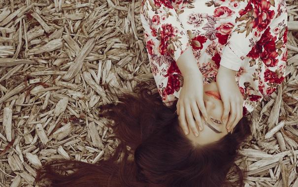 Фото обои взгляд, девушка, лицо, фон, волосы, руки