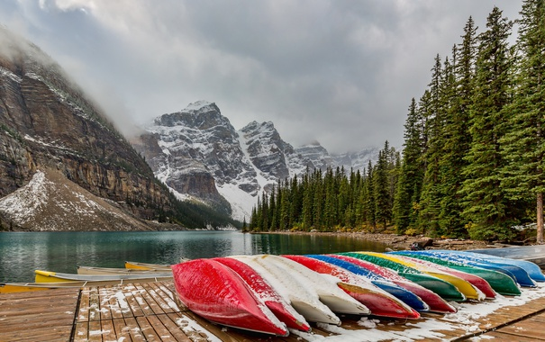 Фото обои Banff National Park, Canada, Moraine Lake, canoes
