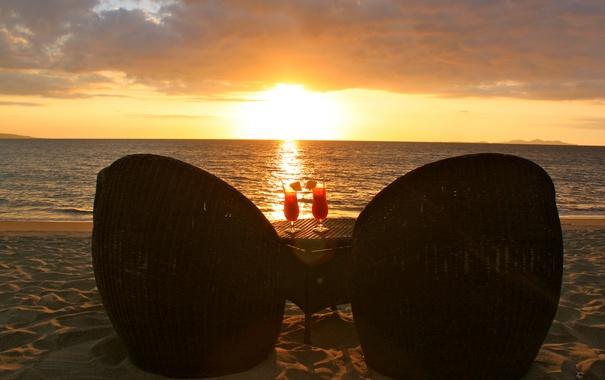 Фото обои столик, кресла, вечер, океан, закат