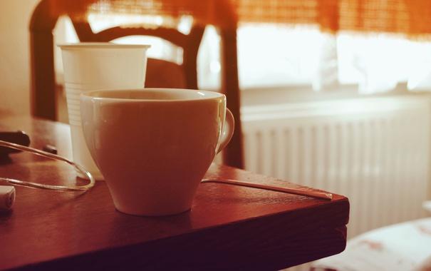 Фото обои стол, утро, кружка, чашка