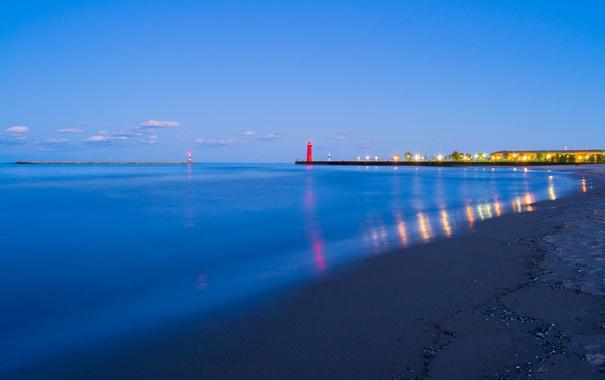 Фото обои море, небо, облака, огни, берег, маяк, дома