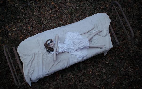 Фото обои девушка, кровать, кукла, Good night