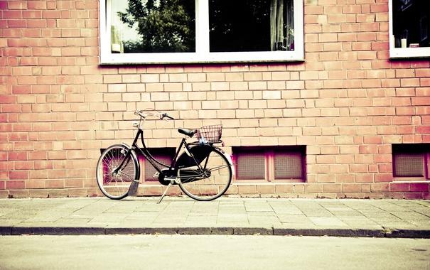 Фото обои велосипед, дом, стена, улица, окна, photo, photographer