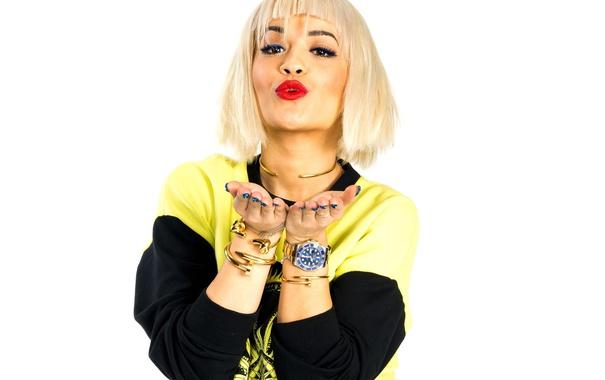 Фото обои поза, поцелуй, певица, Rita Ora, Рита Ора