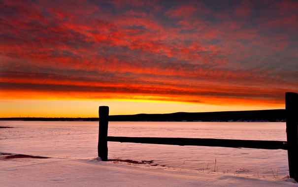 Фото обои зима, поле, снег, закат, огонь, забор, линии электропередачи
