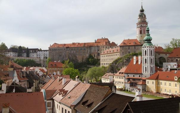Фото обои небо, башня, дома, крыши, Чехия, дворец, Чески-Крумлов