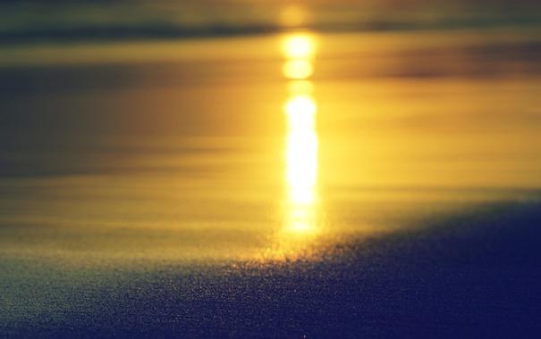 Фото обои волны, вода, отражение, зеркало, закат, пляж, песок