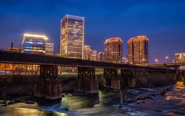 Фото обои ночь, мост, огни, река, дома, небоскребы, США