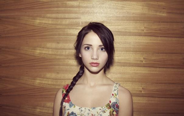 Фото обои глаза, фон, коса, girl, Emily Rudd
