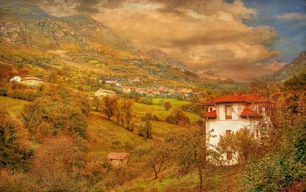 Фото обои долина, небо, осень, деревья, поселок, дома, склон