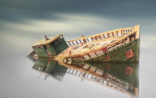 Фото обои небо, вода, облака, отражение, корабль