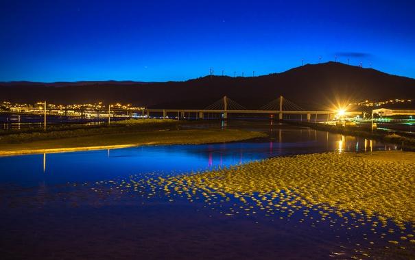 Фото обои небо, горы, ночь, мост, город, огни, река