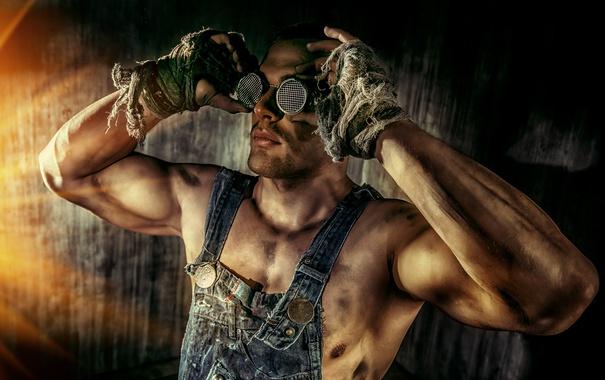 Фото обои руки, очки, парень, работяга, чумазый