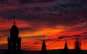 Картинка небо, облака, закат, город, башня, силуэт
