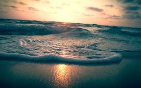 Обои закат, облака, пляж, горизонт, оранжевый небо, волны