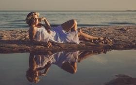 Картинка песок, море, волны, пляж, девушка, пруд, отражение