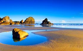 Обои камни, скалы, небо, облака, отлив, море