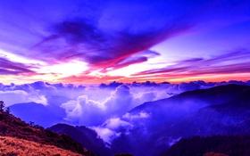 Обои небо, облака, закат, горы, зарево