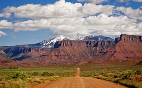 Картинка дорога, небо, облака, горы, долина