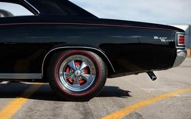 Картинка черный, колесо, Chevrolet, вид сбоку