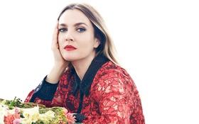 Обои платье, фотограф, Drew Barrymore, журнал, белый фон, макияж, Дрю Бэрримор
