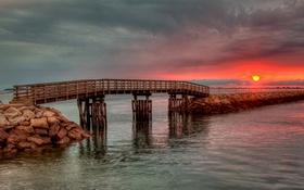 Обои мостик, зарево, причал, солнце, небо, закат, облака