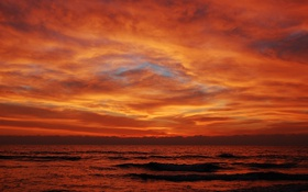 Обои зарево, вечер, тучи, облака, небо, море