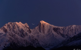 Обои небо, горы, ночь, месяц