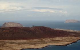 Обои море, облака, остров, горизонт, холм