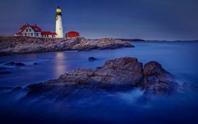 Картинка море, небо, дом, камни, скалы, маяк, вечер