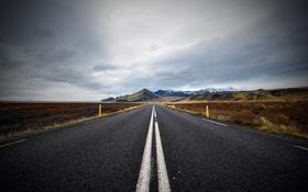 Картинка дорога, облака, горы, поля, горизонт, дождливый