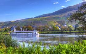 Картинка река, поля, Германия, городок, теплоход, Senheim