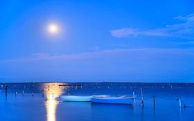 Обои море, небо, лодки, Луна