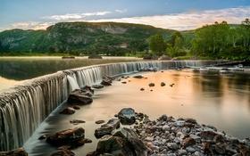 Картинка деревья, горы, река, камни, водопад