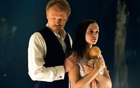 Обои ужасы, Jared Harris, Olivia Cooke, The Quiet Ones, Эксперимент:Зло
