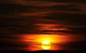 Обои холмы, закат, облака, солнце, небо