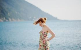 Картинка море, ветер, рыжеволосая