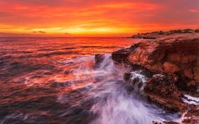 Картинка море, волны, небо, камни, берег, побережье, Греция