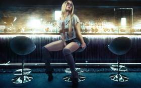 Картинка поза, Девушка, бар, очки, блондинка, girl, bar