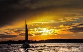 Обои небо, облака, закат, озеро, яхта, парус